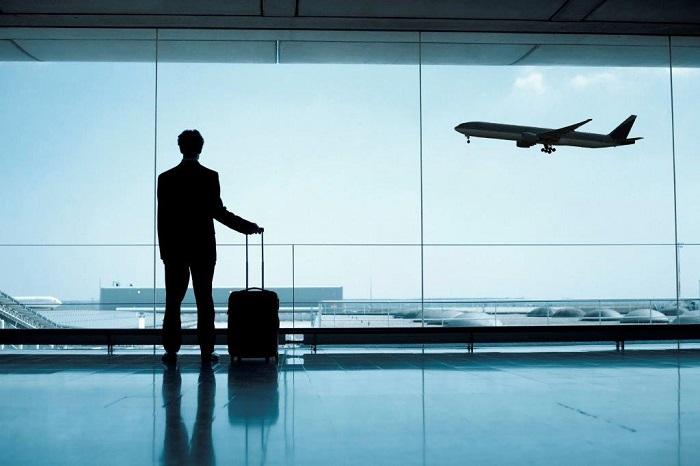 Опоздание на авиарейс: что делать, как вернуть деньги