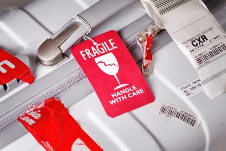 Перевозка хрупкого и бьющегося багажа в самолете