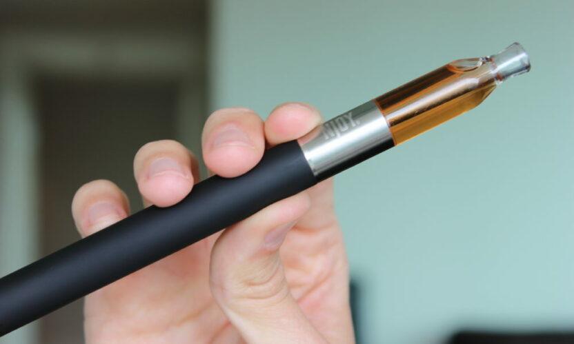 Можно ли в самолете курить электронные сигареты