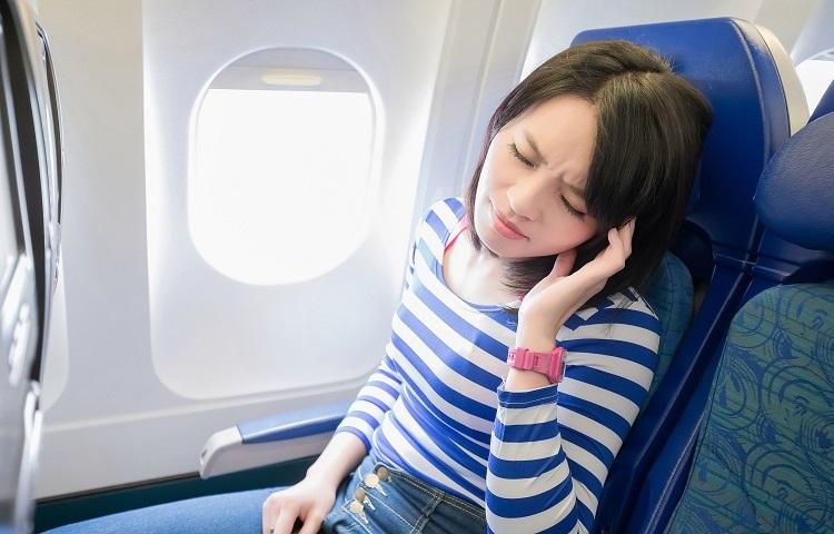 Заложенность ушей во время перелета