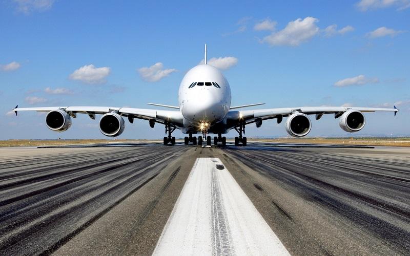 Самолет заходит на второй круг перед посадкой: стоит ли беспокоиться