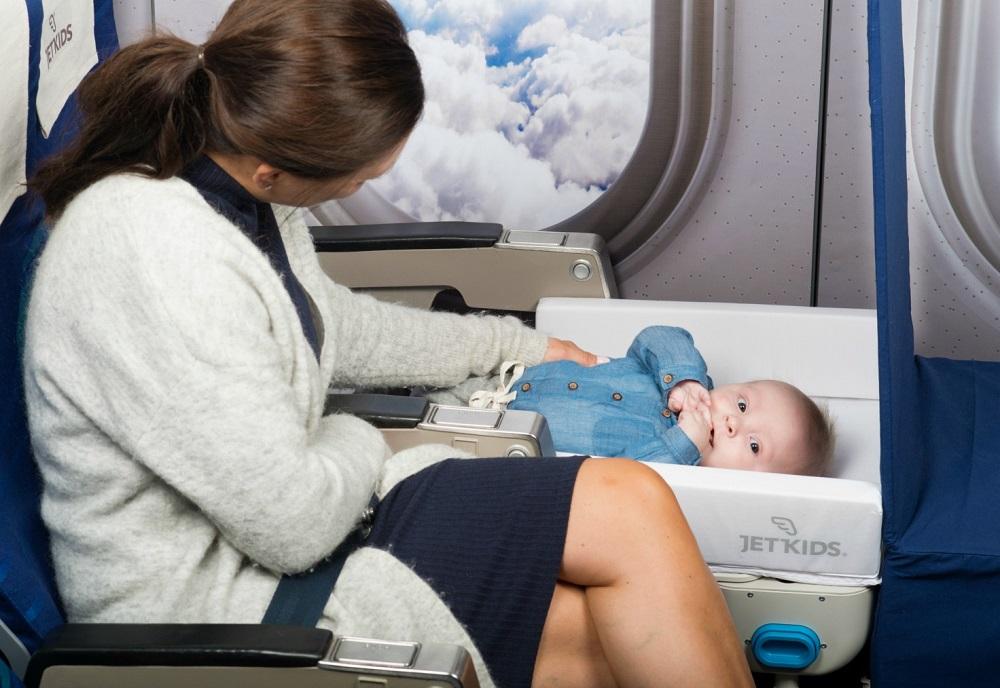 Перелет с младенцем в в Уральских авиалиниях