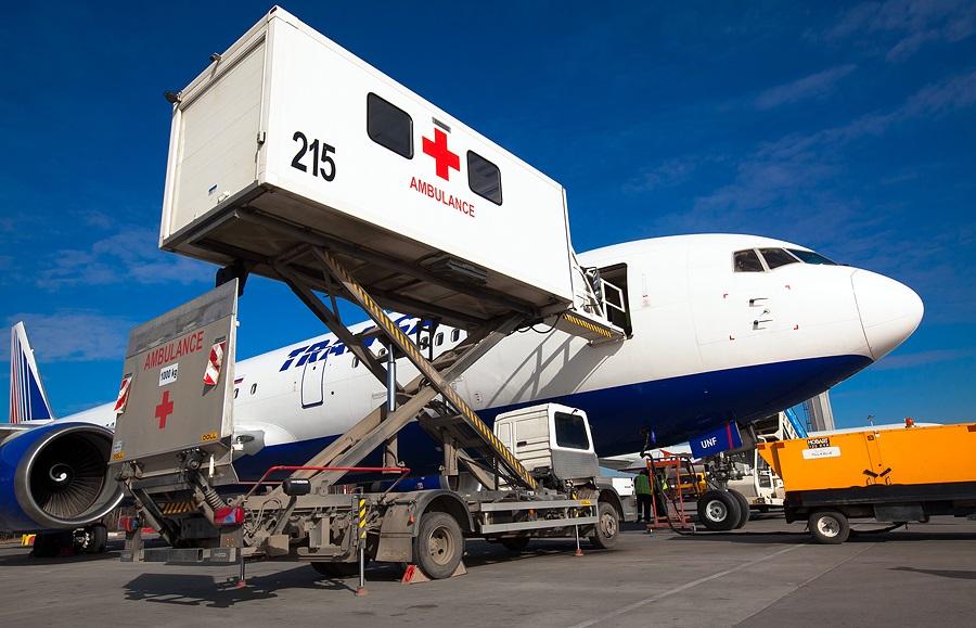 Подъемник для транспортировки тяжелобольного к самолету