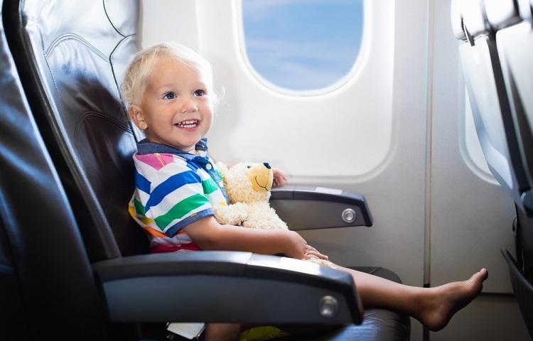 Перелет ребенка в авиакомпании Россия