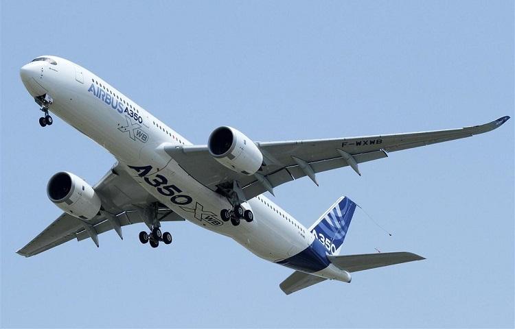 Авиалайнер Airbus А350