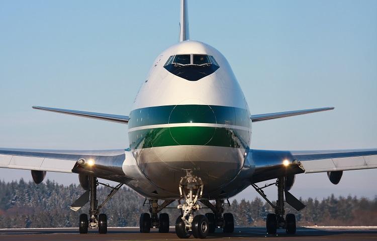 Пассажирский самолет Boeing 747 200
