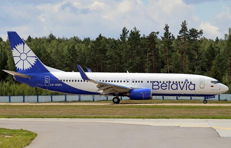 Самолет Боинг 737 800 компании Belavia