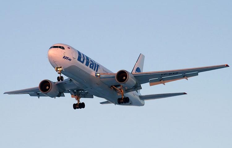 Самолет Boeing 767-200 авиакомпании ЮТэйр