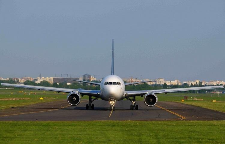 Пассажирский самолет Boeing 767-300