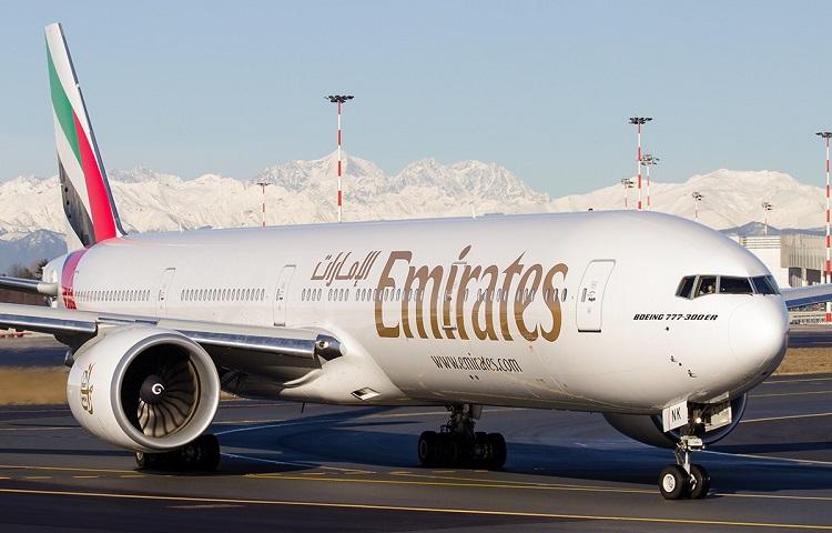 Boeing 777-300 перевозчика Эмирейтс