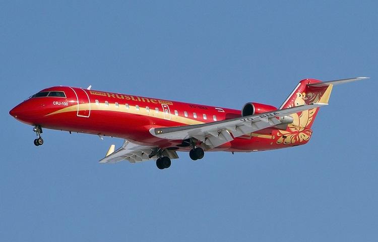 Самолет CRJ 100/200 авиакомпании Руслайн