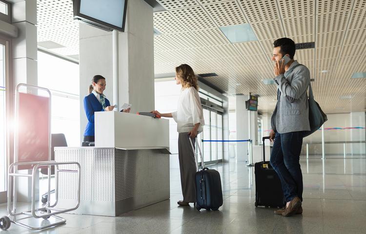 Стойка регистрации на рейс Ай Флай в аэропорту