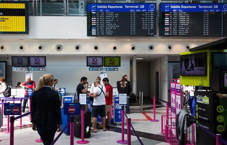 Авиакомпания Wizz Air: как пройти регистрацию на рейс онлайн и в аэропорту
