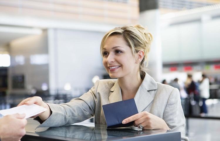 Регистрационная стойка в аэропорту Кольцово