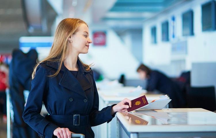 Прохождение регистрации на рейс компании Royal Flight