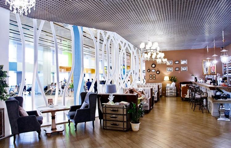 Ресторан в аэропорту Кольцово