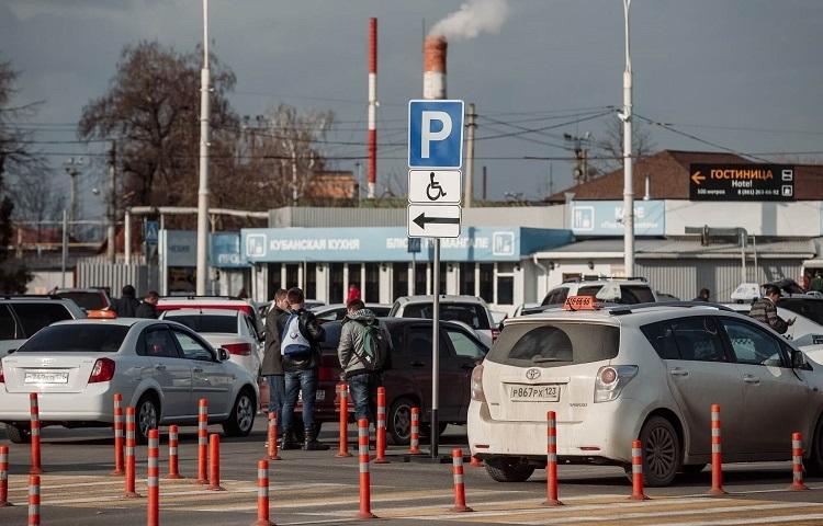 Парковки в авиагавани Краснодара