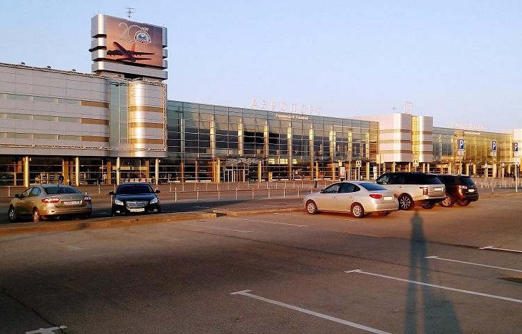 Стоянки в аэропорту Кольцово