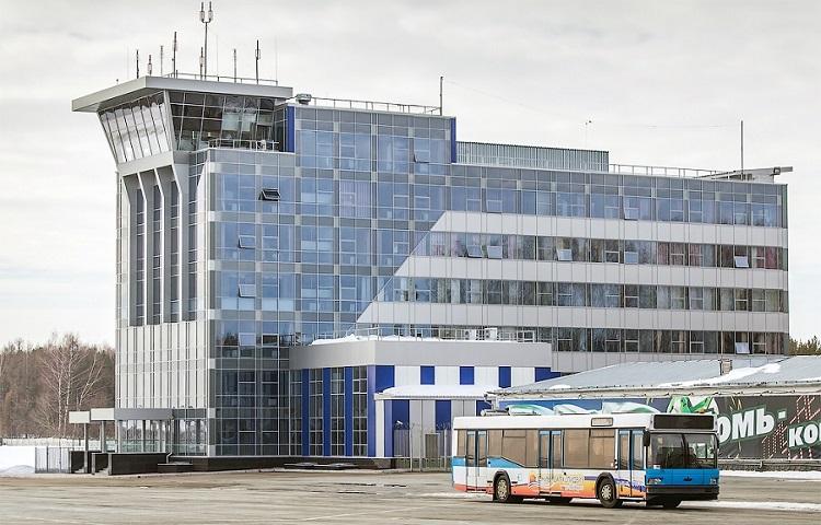 Доехать до аэропорта Томска