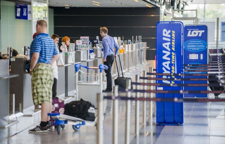 LOT Polish Airlines: регистрация на самолет в аэропорту и онлайн