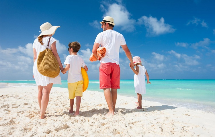 Лучшие безвизовые страны для отдыха с детьми