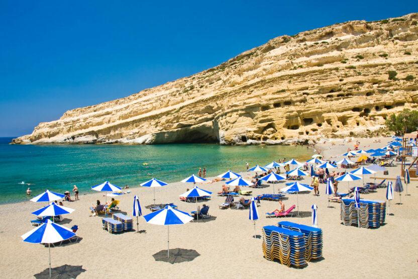 Когда лучше отдыхать в Греции на море