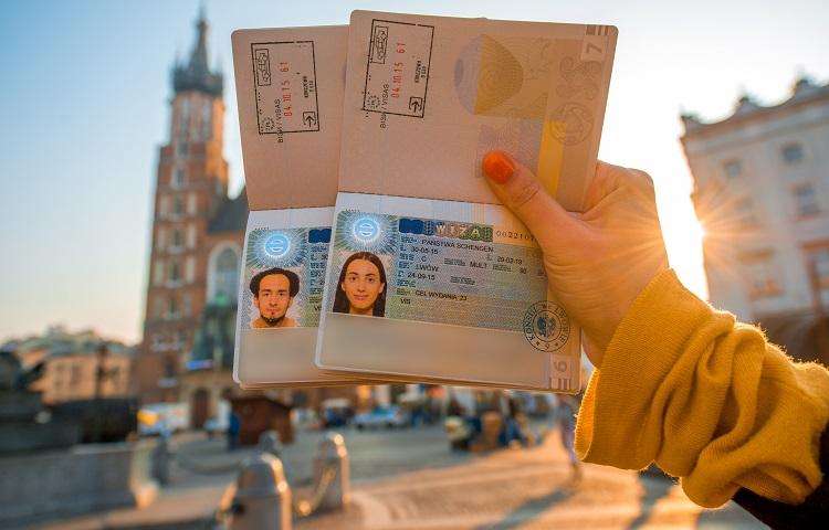 Оформление визы в Эстонию через консульство