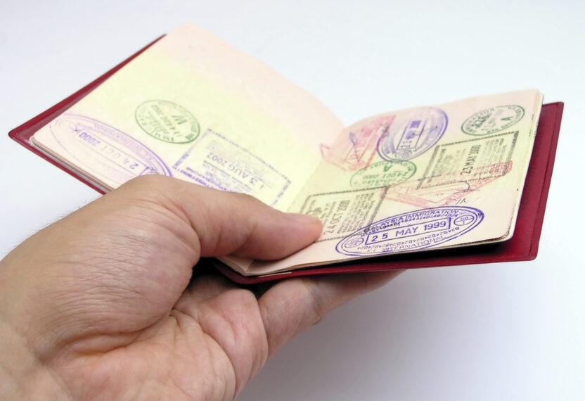 Оформление визы через консульство Латвии: документы, цена, сроки