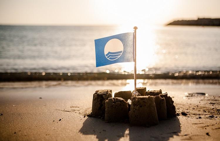 Голубой флаг на греческих пляжах