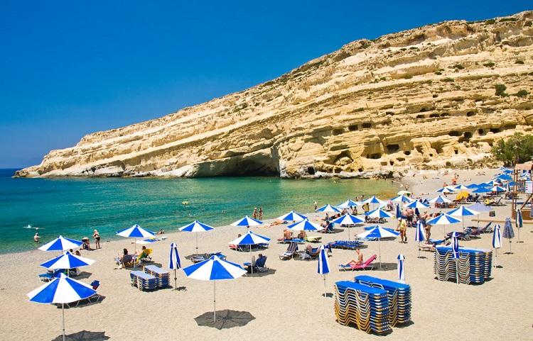 Пляж хиппи на острове Крит