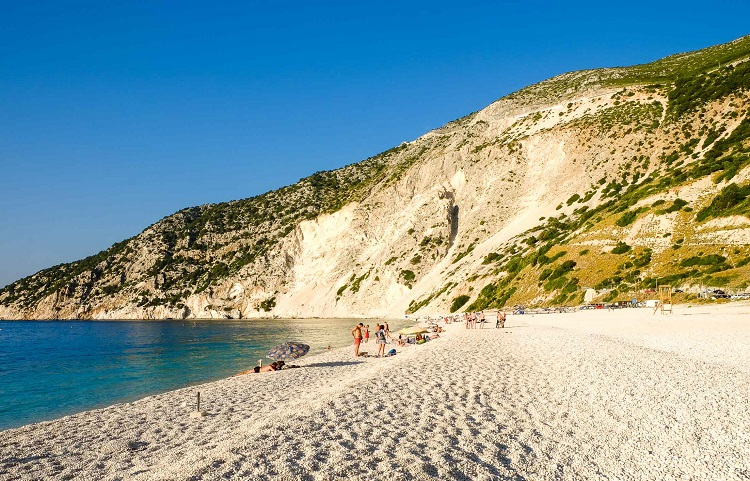 Пляж Миртос на острове Кефалония