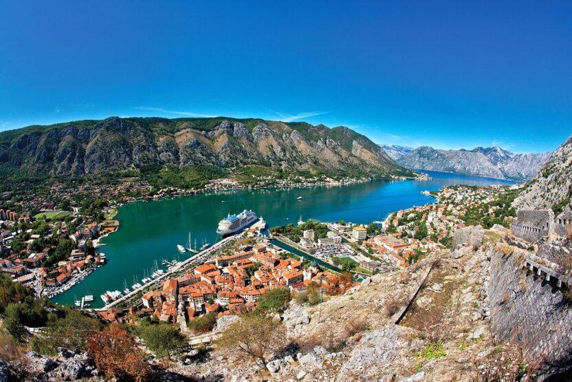 Отдых в Черногории для россиян в 2021 году: открыты ли границы, правила въезда, документы