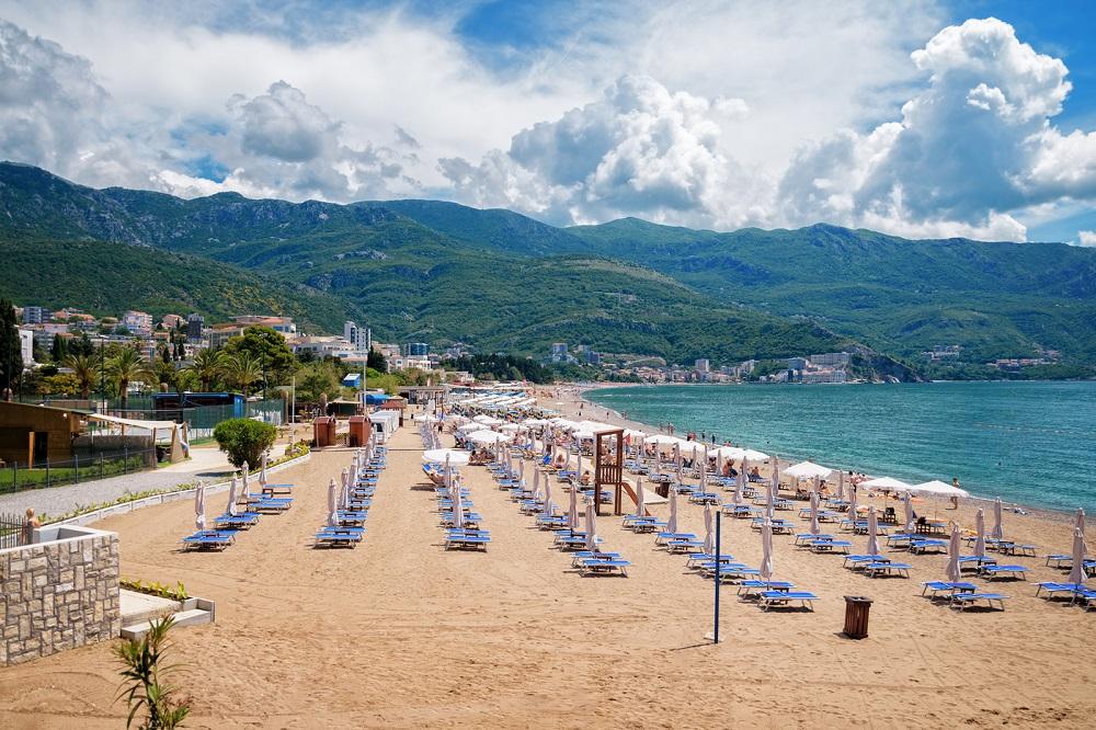 Пляжи курорта Будва в Черногории