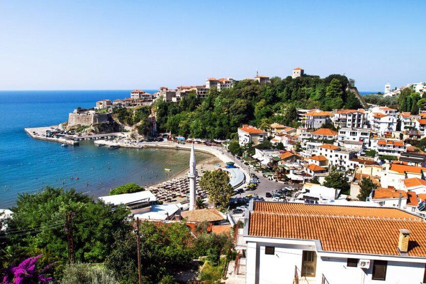 Отдых в Ульцине в Черногории: пляжи, достопримечательности, как добраться