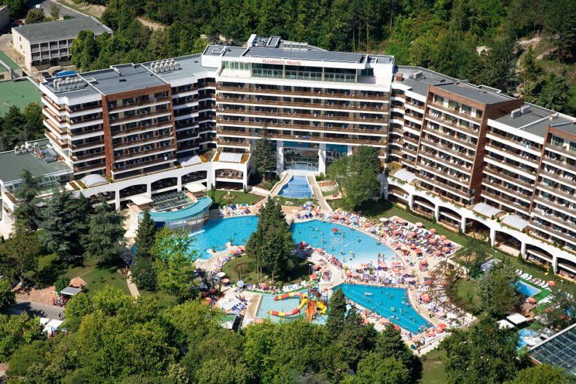 Отели курорта Албена в Болгарии: расположение, сервис и услуги, цены