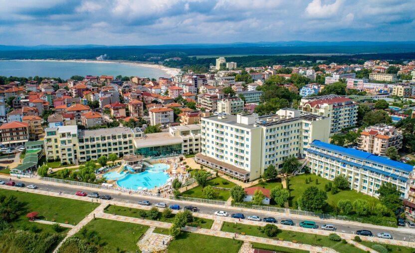 Курорт Приморско, Болгария: пляжи, развлечения, жилье, как добраться