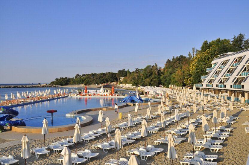 Особенности отдыха на курорте Св. Константин и Елена в Болгарии