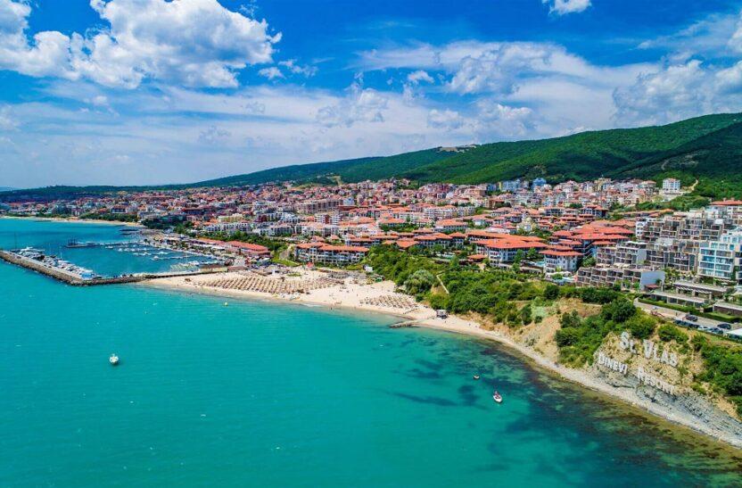 Отдых на курорте Свети-Влас в Болгарии: что посмотреть, где остановиться, какие цены